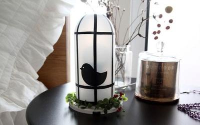 Tái chế vỏ chai thành đèn chụp kiểu hiện đại trang trí nhà đón Tết