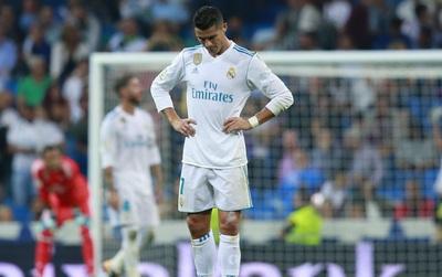 Ronaldo đang buồn: Điều gì có thể giúp CR7 vui?