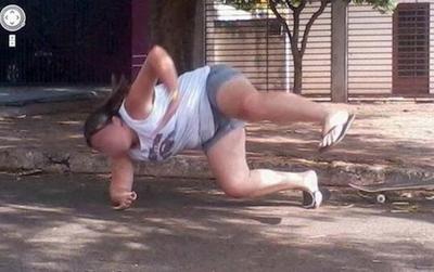 """Những bức ảnh """"tình cờ đến bất ngờ"""" được chụp bởi Google Street View"""