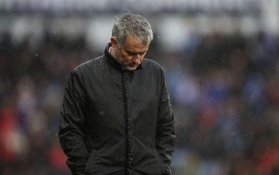 """Mourinho: """"Các cầu thủ nên tự đi mà giải thích với truyền thông"""""""
