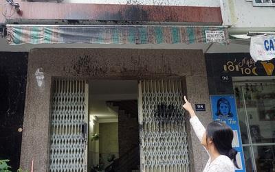 Nhiều hộ dân ở Đà Nẵng sống trong bất an vì liên tục bị kẻ lạ tạt xăng, dầu nhớt bẩn vào nhà