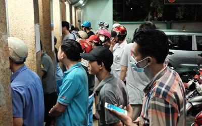 """""""Kẹt ATM"""" - Chuyện đau đầu ở Sài Gòn những ngày giáp Tết"""