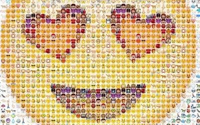 Không phải =)) hay :x - đây là emoji cổ nhất thế giới và nó đã 3.700 tuổi rồi!