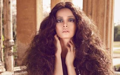 """Cô gái từng """"gây chiến"""" với NTK Đỗ Mạnh Cường xác nhận trở lại """"Vietnam's Next Top Model""""!"""