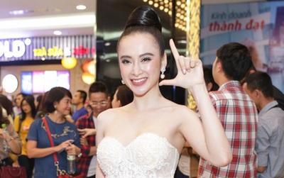 """Dù sốt li bì, Angela Phương Trinh vẫn sáng bừng tại lễ ra mắt """"Glee Việt"""""""