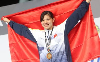 Ánh Viên bật khóc khi giành HC vàng, phá kỷ lục SEA Games