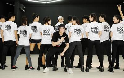 Noo Phước Thịnh tập nhảy liên tục hơn 5 tiếng đồng hồ cho liveshow kỉ niệm 9 năm ca hát