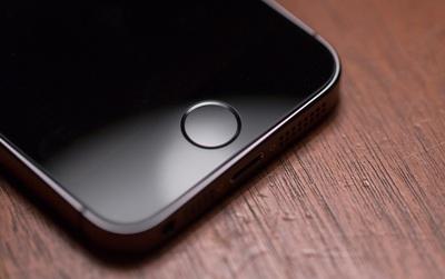 Đừng lo nữa nhé vì Apple đã thành công trong việc tích hợp đầu đọc vân tay trên màn hình