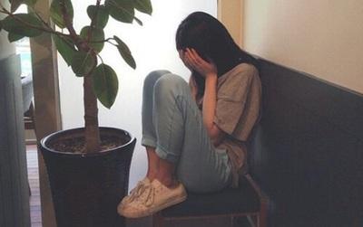 Éo le hơn cả phim Hàn: Cô gái chứng kiến cảnh bạn thân sinh con cho chồng của mình...
