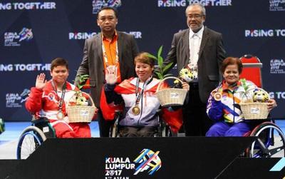 Nữ VĐV khuyết tật Việt Nam chiến thắng ung thư, phá kỷ lục tại Para Games 2017