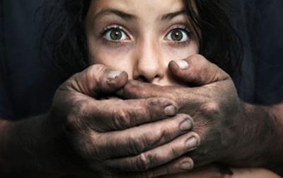 #Metoo cùng lời tâm sự nghẹn ngào của các nạn nhân bị xâm hại tình dục: Nỗi đau bao giờ mới có hồi kết?