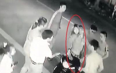 Nam thanh niên bị đâm trọng thương vì bảo vệ bạn gái: Công an bắt giữ 3 nghi phạm