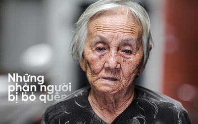 Người già bán vé số tại Sài Gòn: Những phận người bị bỏ quên