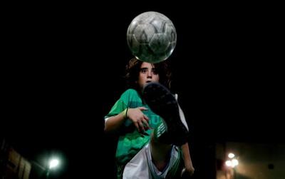 """Bên trong lò luyện những """"tiểu Messi"""" ở Argentina"""