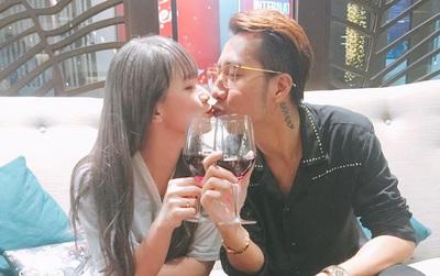 Vợ chồng OnlyC hôn nhau hạnh phúc trong đêm kỷ niệm 2 năm ngày cưới