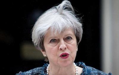 Thủ tướng Theresa May lên tiếng sau vụ nổ bom: Tôi thành thật chia buồn với gia đình các nạn nhân