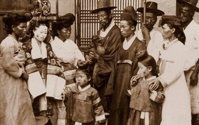 Vẻ đẹp bình yên nhưng đầy cuốn hút của bán đảo Triều Tiên cách đây hơn 100 năm