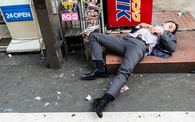 """Cảnh tượng này xảy ra """"như cơm bữa"""" ở Nhật Bản nhưng lý do vì sao thì không phải ai cũng biết"""