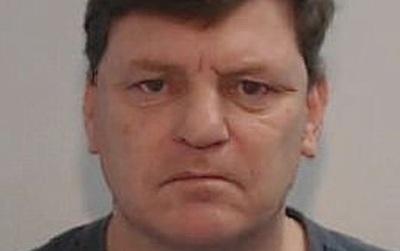 Lạm dụng tình dục một đứa trẻ, 37 năm sau vô tình bị giam cùng phòng với nạn nhân