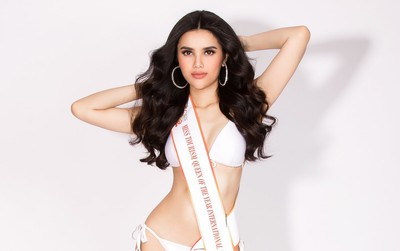 """Á hậu Diệu Thùy diện bikini, khoe trọn body quyến rũ trước thềm chung kết """"Nữ hoàng Du lịch Quốc tế"""""""