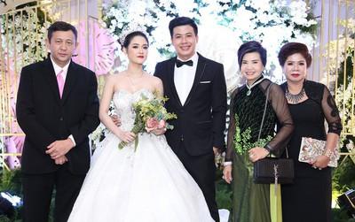 Đám cưới hoành tráng trong tòa lâu đài dát vàng của cặp đôi thạc sĩ Sài thành