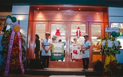 Tín đồ mê bánh check-in quên lối về tại TOUS les JOURS Cafe