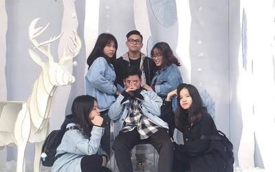 Giới trẻ Hà Nội ùn ùn kéo đến The New District chơi Noel sớm