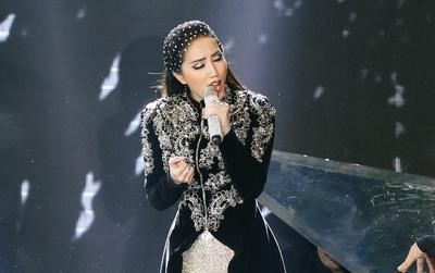 """""""Công chúa bong bóng"""" Bảo Thy chiến thắng """"Nữ hoàng chiêu trò"""" Yến Trang tại """"The Remix"""""""