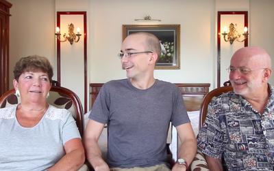 Clip: Người Mỹ phản ứng thế nào khi nghe tiếng Anh của người Việt?