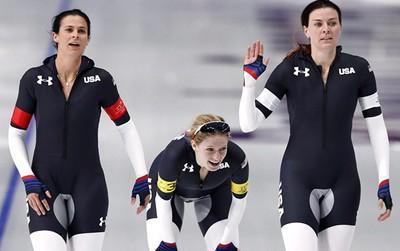 Nhiều cư dân mạng ái ngại với đồng phục của VĐV Mỹ trong môn trượt băng tốc độ