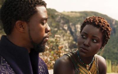 """10 tin đồn như thật về """"Anh Báo Đen"""" Black Panther khi ra rạp mới biết là... sai be bét!"""