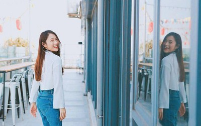 """Khánh Vy cover """"Hương Ngọc Lan"""" bằng tiếng Anh lại còn rap cực ngọt!"""