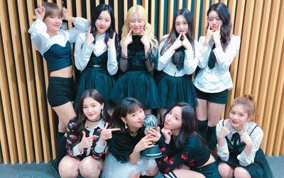 Trở lại cùng hit khủng nhưng iKON vẫn bại trận dưới tay girlgroup ít tên tuổi