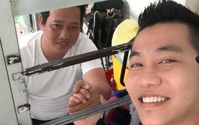 Danh hài Lê Nam đã qua cơn nguy kịch, được xuất viện về nhà sau khi bị đột quỵ vào tối mùng 6 Tết