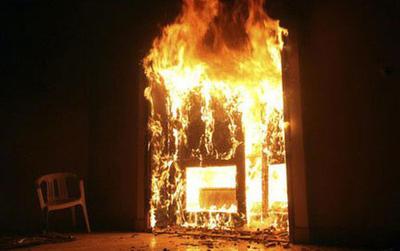 Bị chia tay, nam thanh niên phóng hỏa đốt nhà người yêu ở Sài Gòn