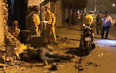 Xe máy đâm vào bờ tường trong đêm, 2 nam thanh niên tử vong