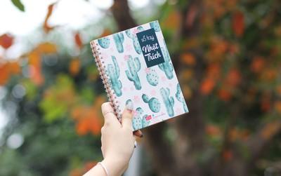 Nếu đã dành trọn tình yêu cho sách thì nhất định bạn phải có 1 cuốn sổ tay Nhặt trích ở bên!