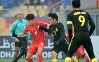 Malaysia chia tay giải U23 châu Á sau trận tứ kết kiên cường với Hàn Quốc