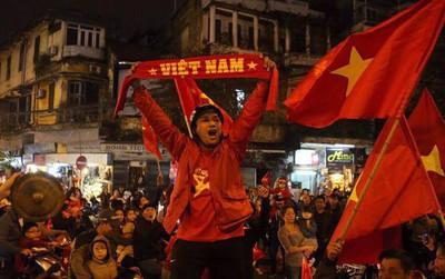 Khản cổ sau ăn mừng Việt Nam chiến thắng, hãy làm ngay những điều này để xoa dịu