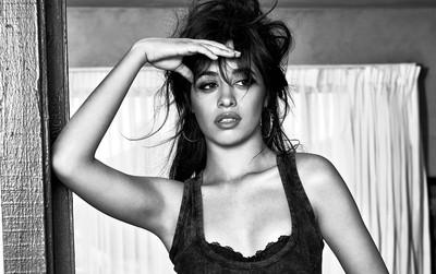 """Sau 7 tuần, Camila Cabello chính thức """"hất cẳng"""" Ed Sheeran, lên ngôi Hot 100"""