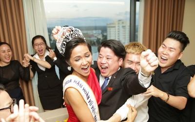 Clip: Hoa hậu H'Hen Niê hồi hộp, vỡ oà hạnh phúc trước chiến thắng của đội tuyển của U23