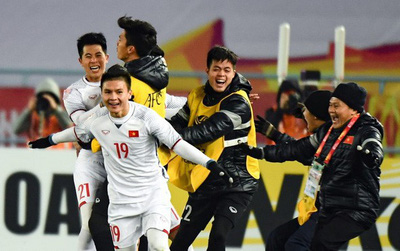 """HLV Lê Thụy Hải: """"Tôi đã khóc vì U23 Việt Nam"""""""