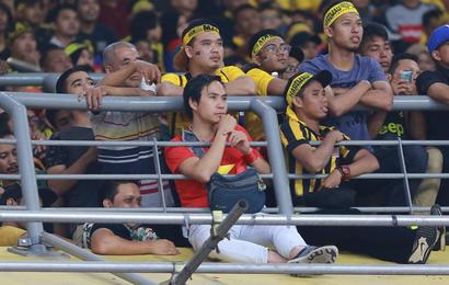 Báo Malaysia thay CĐV Việt Nam nói lên nỗi bức xúc vì bị cướp chỗ trên khán đài Bukit Jalil