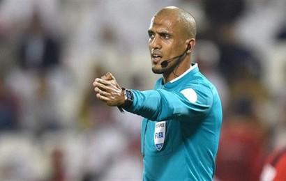 Phát hiện lý thú: Từ Thường Châu tuyết trắng đến Abu Dhabi xa hoa, từ U23 châu Á tới Asian Cup, vị trọng tài này vẫn luôn đẹp trai với tuyển Việt Nam
