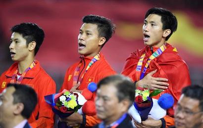 """Việt Nam vô địch Seagame, dân mạng Trung Quốc hết lời ca ngợi: """"Bóng đá Việt Nam quá giỏi, ngày càng bỏ xa chúng ta"""""""