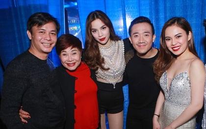 Hà Hồ công khai lộ diện với Chu Đăng Khoa tại Mỹ