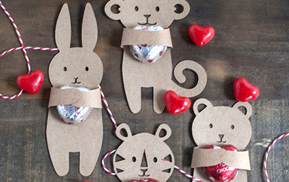 4 cách làm quà Valentine chỉ từ vài tờ giấy bìa