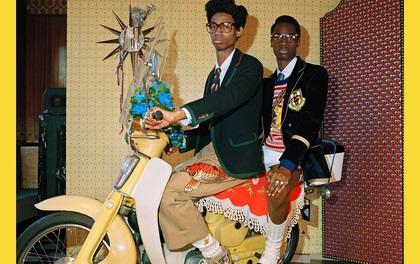 Thú vị: Mẫu nam ăn vận sành điệu ngồi vắt vẻo trên xe Honda Cub trong chiến dịch quảng bá mới của Gucci