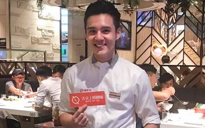 Trai đẹp Việt bất ngờ nổi tiếng khi làm phục vụ tại nhà hàng ở Singapore