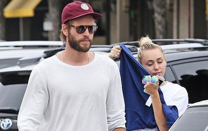 Miley - Liam hẹn hò hạnh phúc sau tin đồn rạn nứt vì chuyện phân chia tài sản
